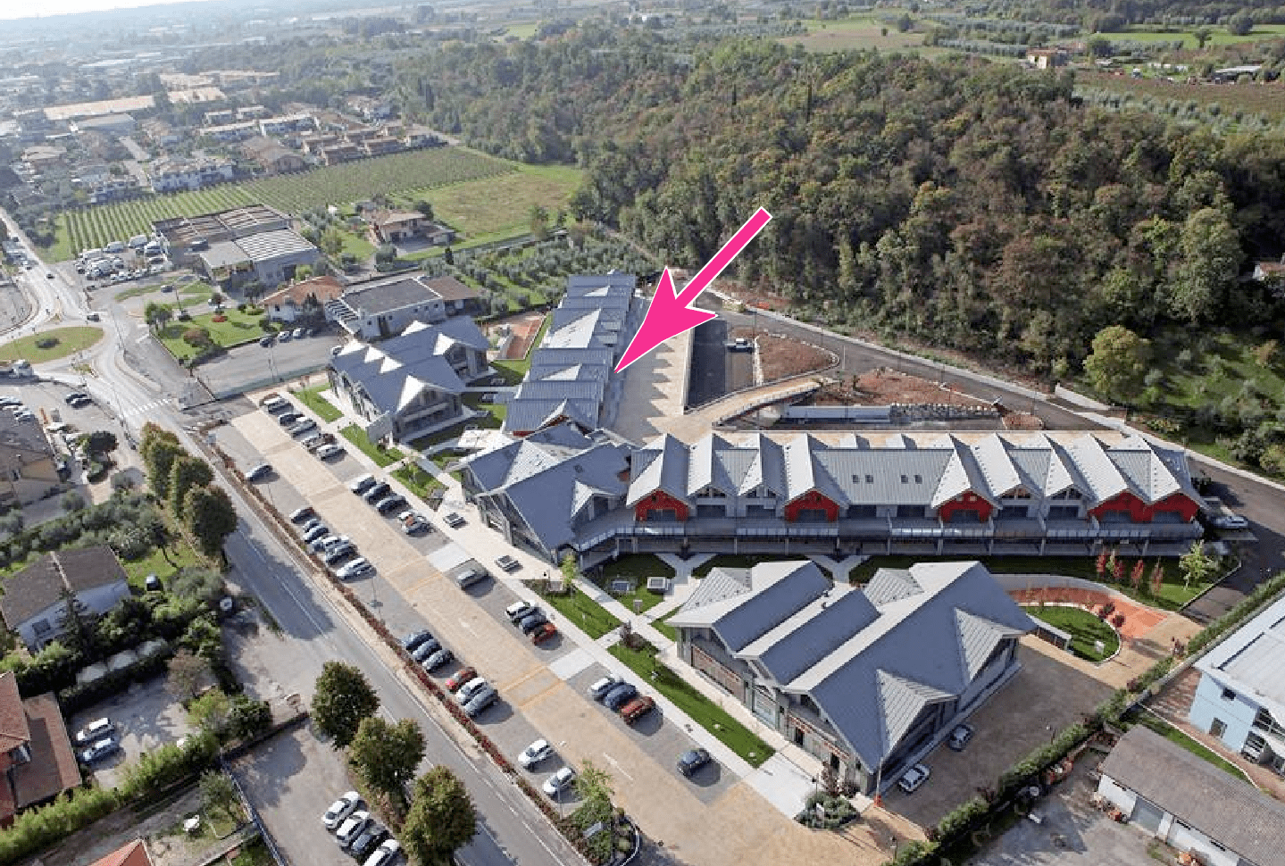 Holli-day.com headquarters in Italy